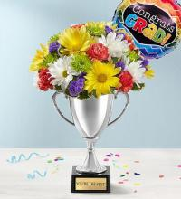 Trophy Bouquet With Balloon
