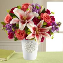 The California Chic? Bouquet for Kathy Ireland Home
